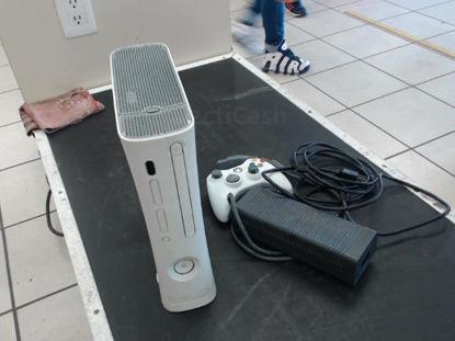 Foto de Microsoft Modelo: Xbox 360 - Publicado el: 21 Oct 2021